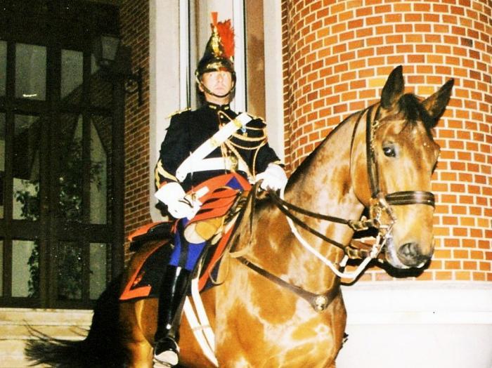 Sh a cheval